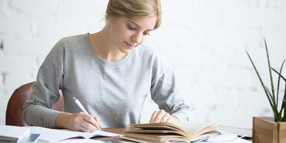Как заработать деньги, изучая иностранные языки